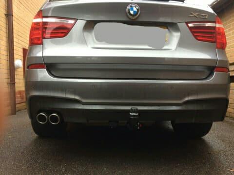 BMW X3 post-towbar